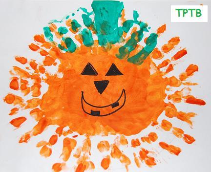 calabaza con las manos para Halloween