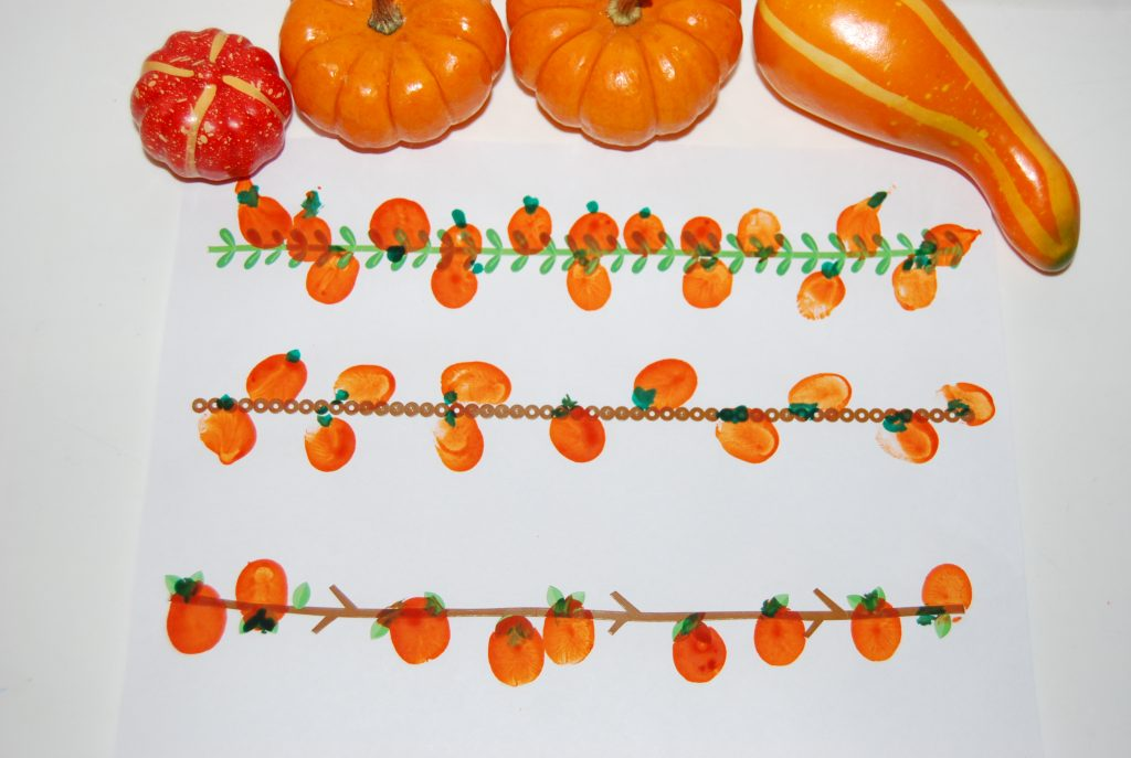 pumpkin vines with thumbprint pumpkins