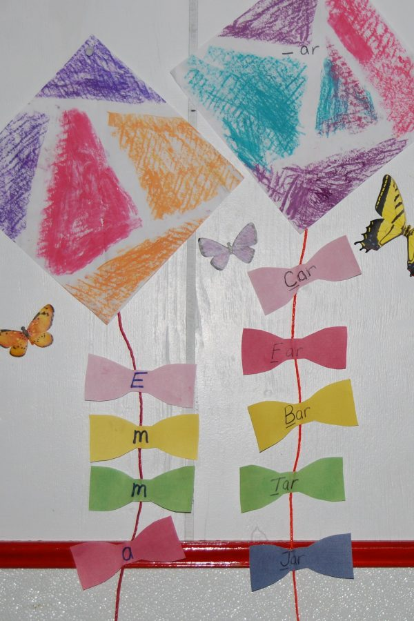 Wet Chalk Kite Crafts and Learning Games for Young Kids!