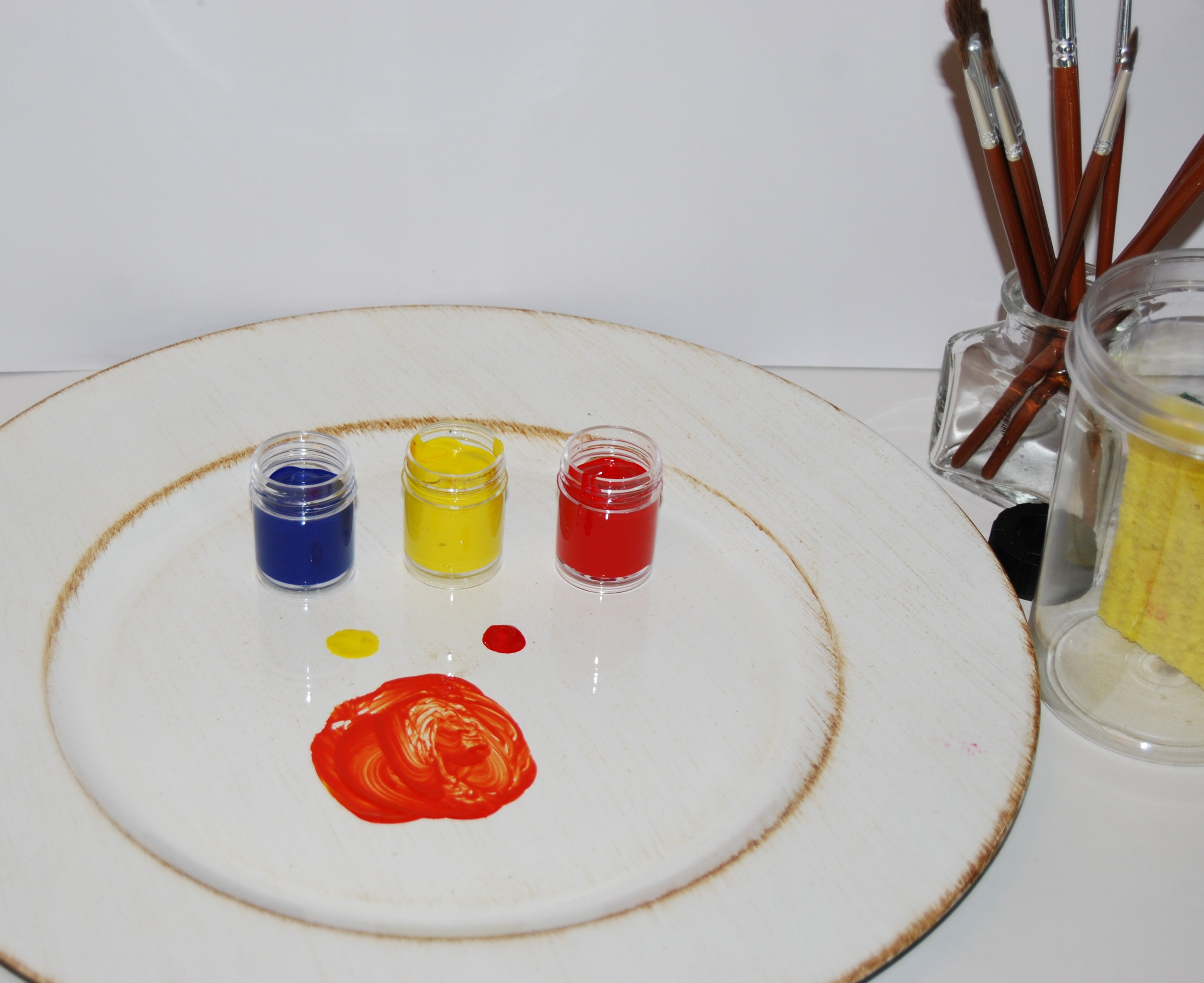 how to make orange paint by mixing colors