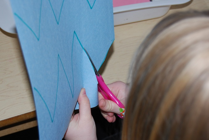 Cutting Zig-Zags in Preschool