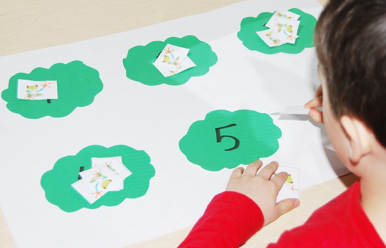 Tree Frog Math Games for Preschool